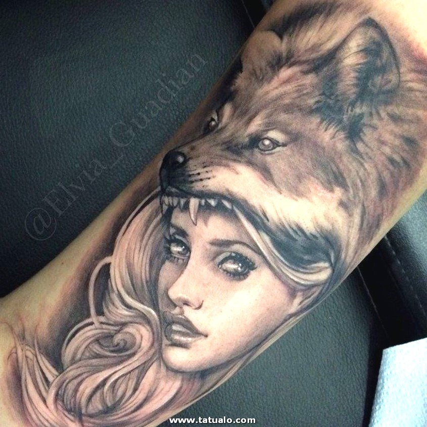 23 Lady Wolf Tattoo