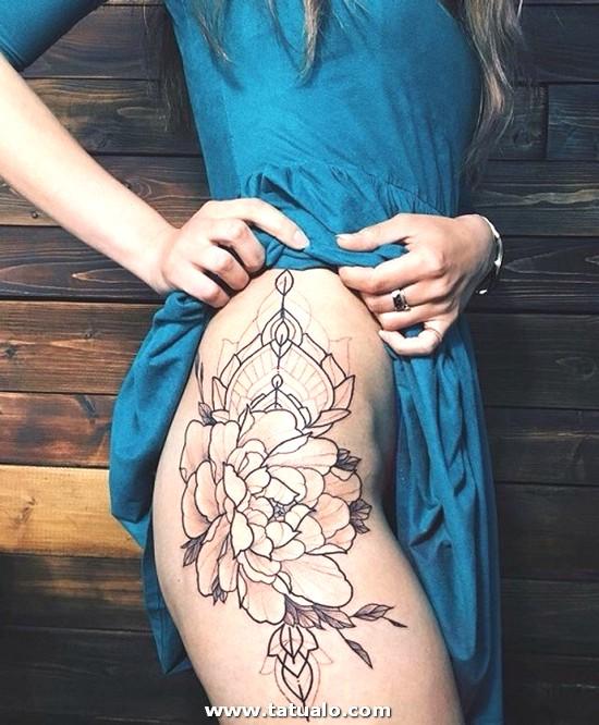 Tatuajes De Flores En La Piernas Para Mujeres