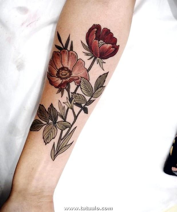 Tatuajes De Flores Para Mujer En El Brazo .. ..