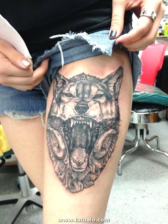 Tatuajes En La Pierna Lobos