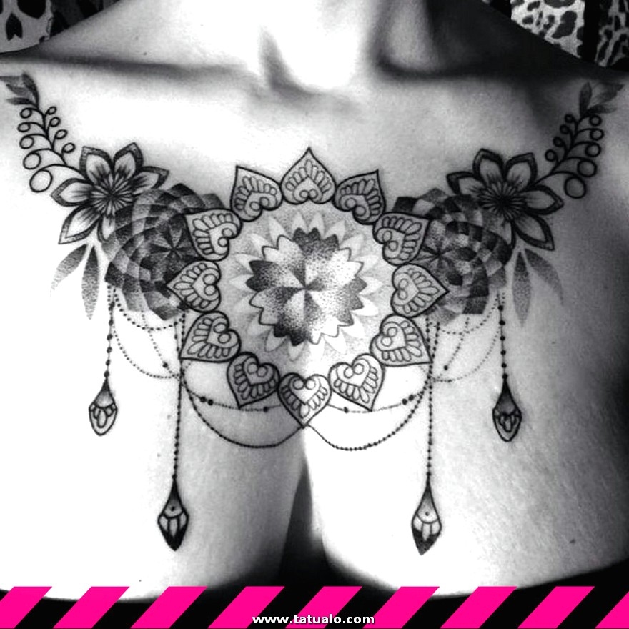 Tatuajes Para Mujeres En El Pecho1