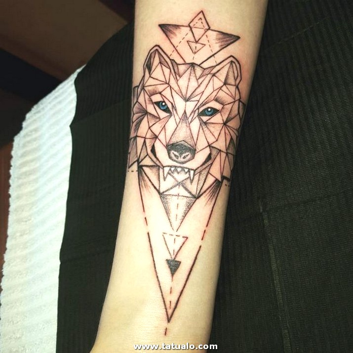 Wolf Tattoo Designs 32