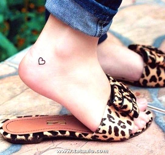 Fotos De Tatuajes En El Pie Para Mujeres Amor