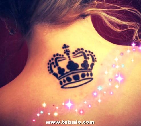 Fotos De Tatuajes Para Mujeres Con Corona En La Espalda