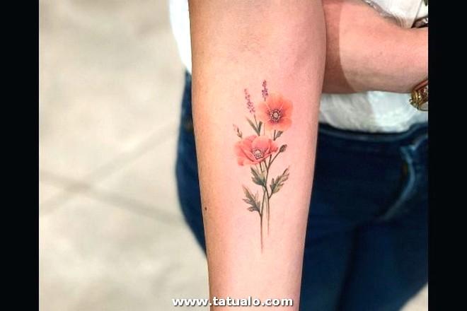 Los Mejores Tatuajes Pequenos Mujeres Brazo Flor 600x400
