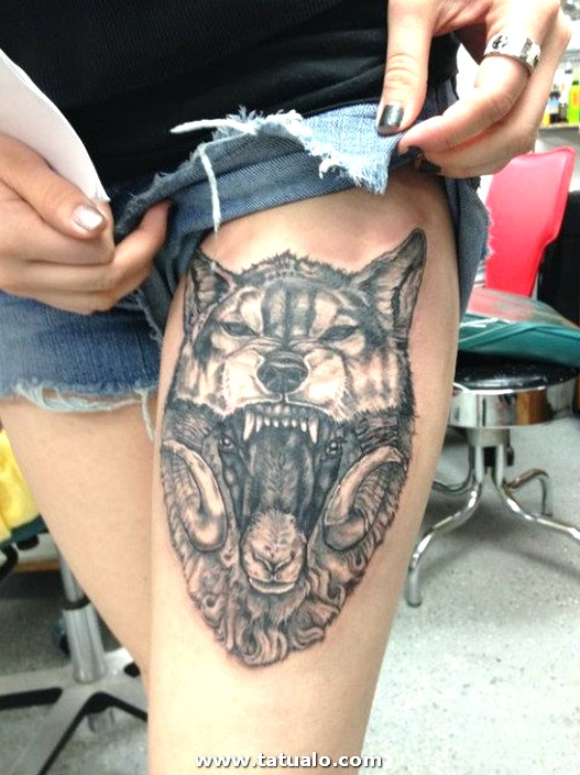 Sexy Thigh Tattoo Sexy Wolf Tattoo For Women Design On Thigh