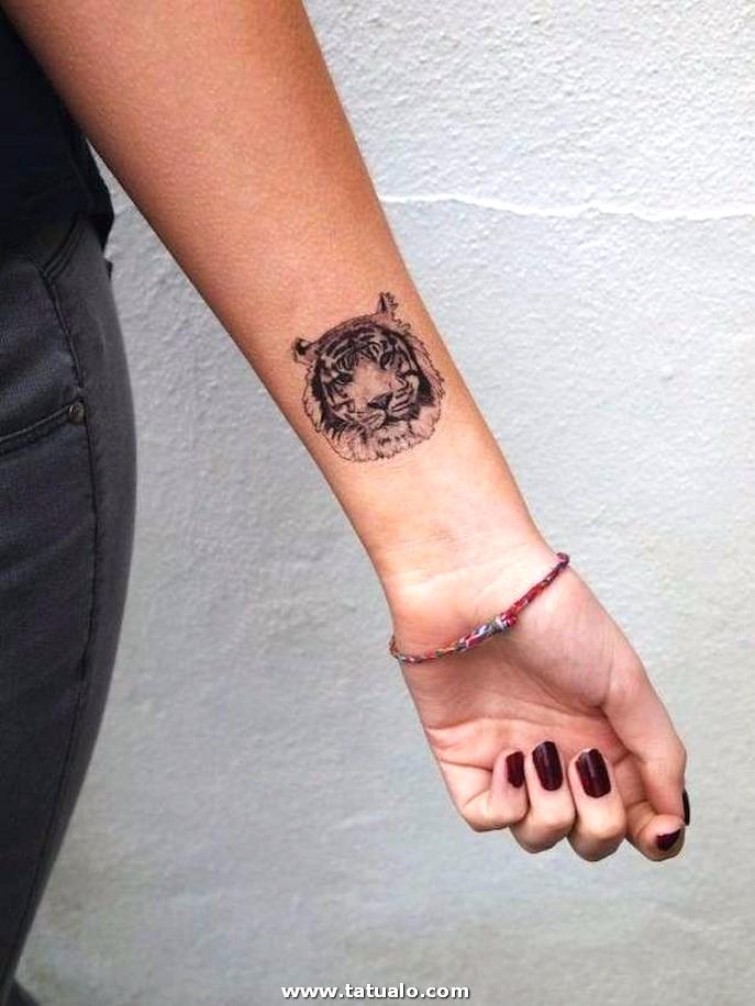 Tatuaje Brazo Leon