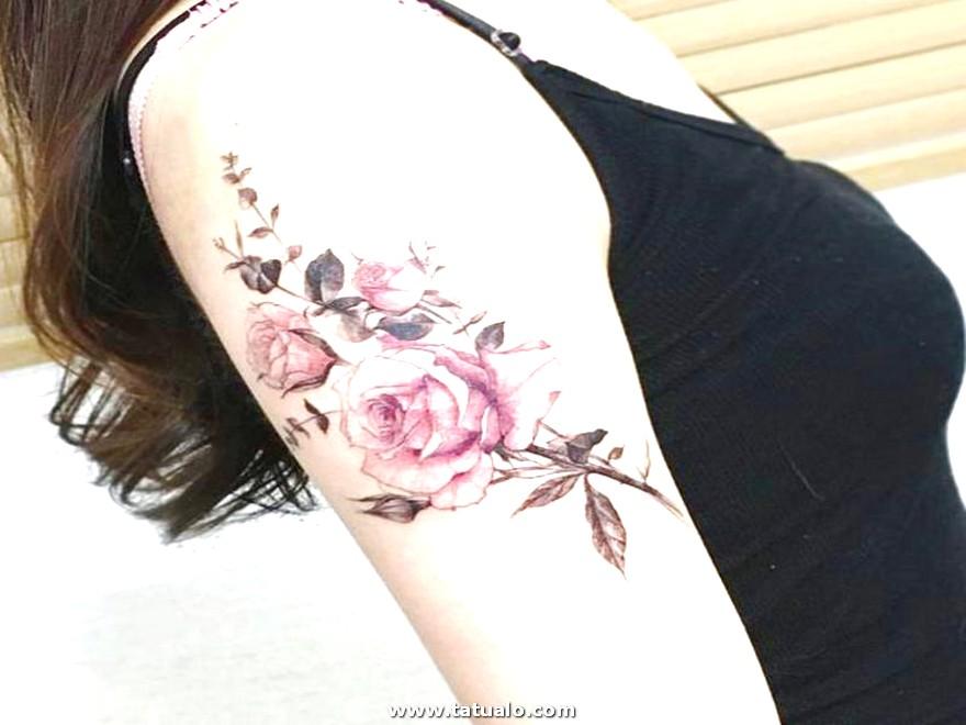 Tatuaje De Flor Rosada Para El Brazo