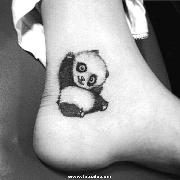 Tatuaje De Mujer En Pie Y Tobillo2