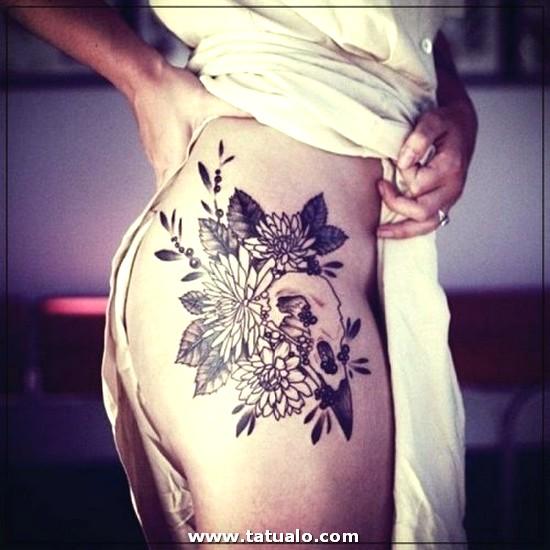 Tatuaje De Piernas De Mujer En La Axila 500x500