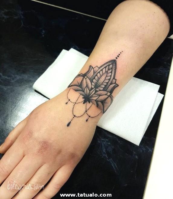 Tatuaje De Pulseras Para Mujer 12