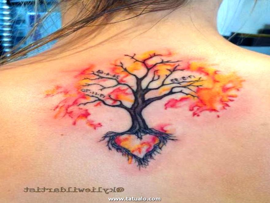 Tatuaje En La Espalda Para Una Mujer
