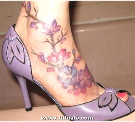 Tatuaje En Los Pies 01