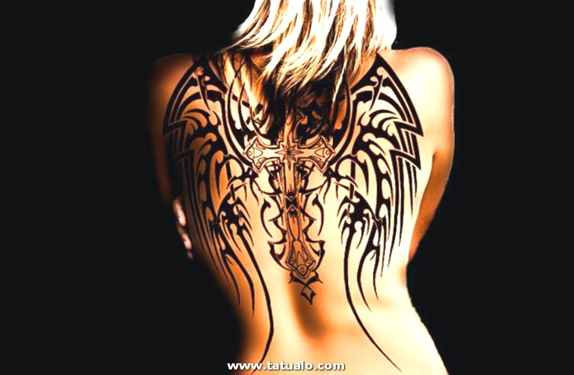 Tatuaje Espalda Mujer Alas