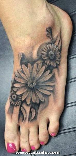 Tatuaje Flores Pie