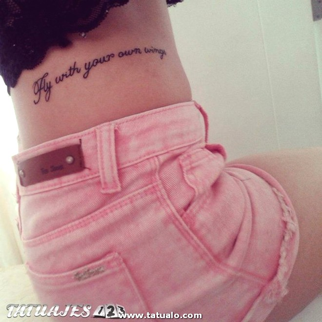 Tatuaje Frase En La Cintura