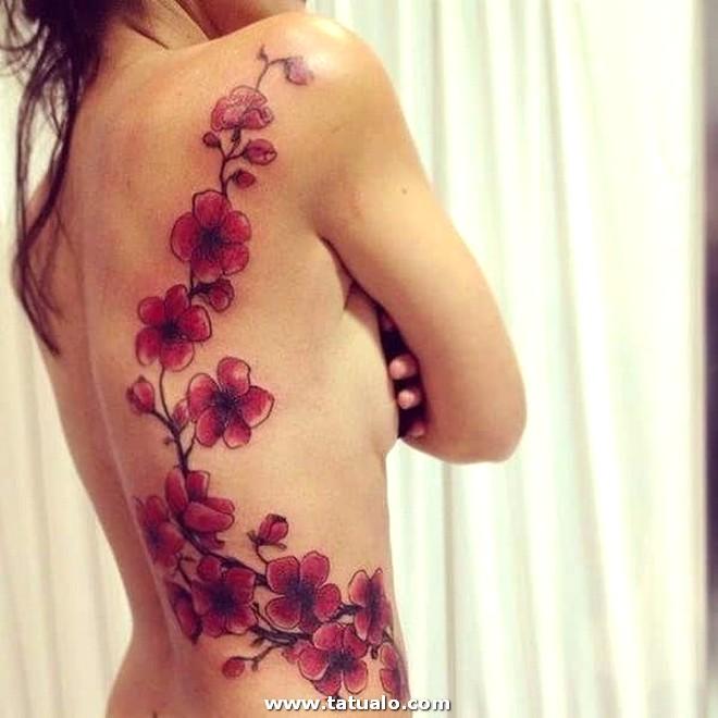 Tatuaje Lateral