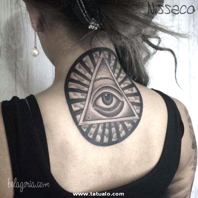 Tatuajes Cuello Mujeres 15