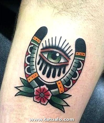 Tatuajes De Buena Suerte Para Hombres En La Pierna