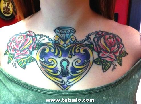 Tatuajes De Corazones Grandes En El Pecho