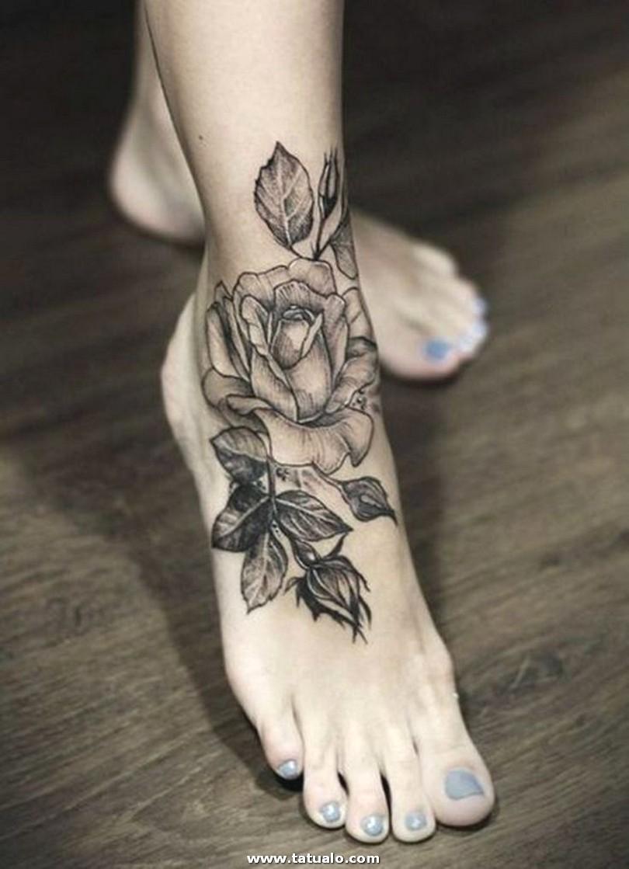 Tatuajes De Flores Para Mujeres En El Pie Botanica