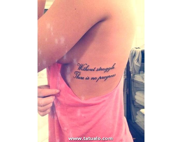 Tatuajes De Frases Al Costado De Las Costillas 15
