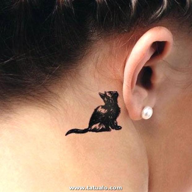 Tatuajes De Gatos En El Cuello 1