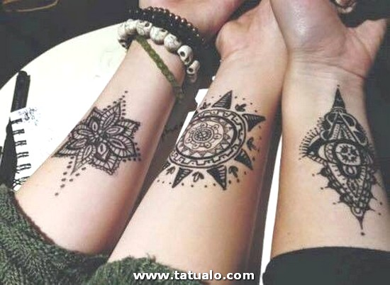 Tatuajes De Hermanas En El Brazo