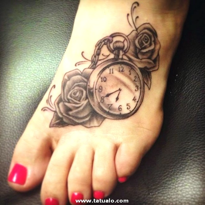 Tatuajes De Pies Creativos Para Mujeres Rosas Reloj