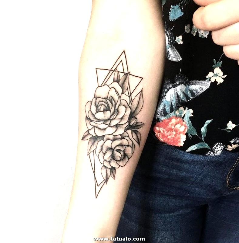 Tatuajes En El Antebrazo 240 Peque Os Grandes Y Originales 500500 Las 36 Mejores Ideas De Antebrazo Hombre 5bf5768526a3f