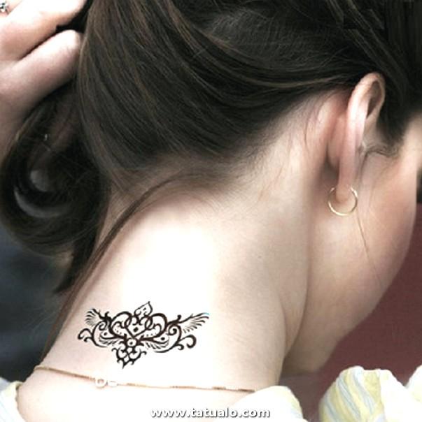 Tatuajes En El Cuello Para Hombres Cruz