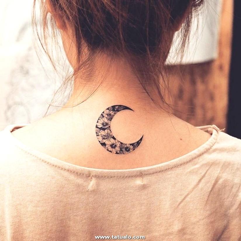 Tatuajes En El Cuello Pequenos Luna