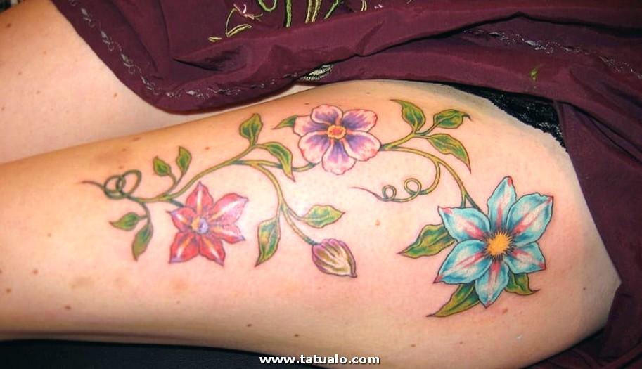 Tatuajes En La Pierna Mujer Flores