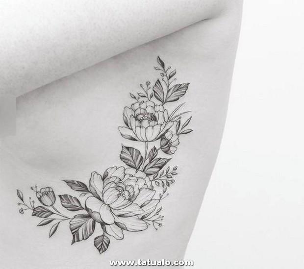 Tatuajes En Las Costillas Para Mujeres 6