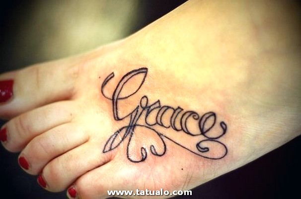 Tatuajes En Los Pies Nombre De Mujer