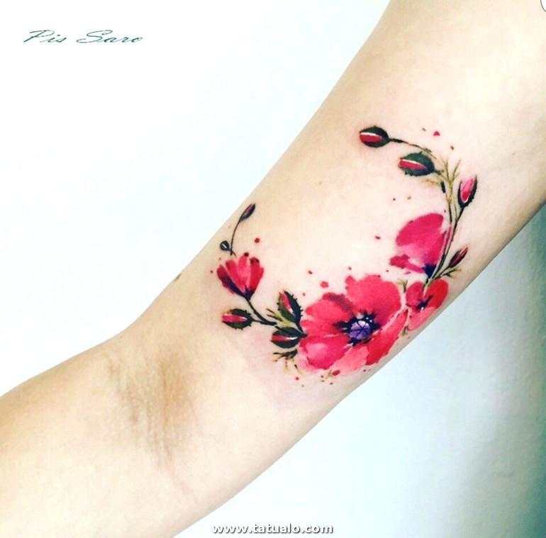 Tatuajes Flores Tatuaje Femenino Efecto Acuarela Brazo Corona Flores Ciclamen E1515411792704