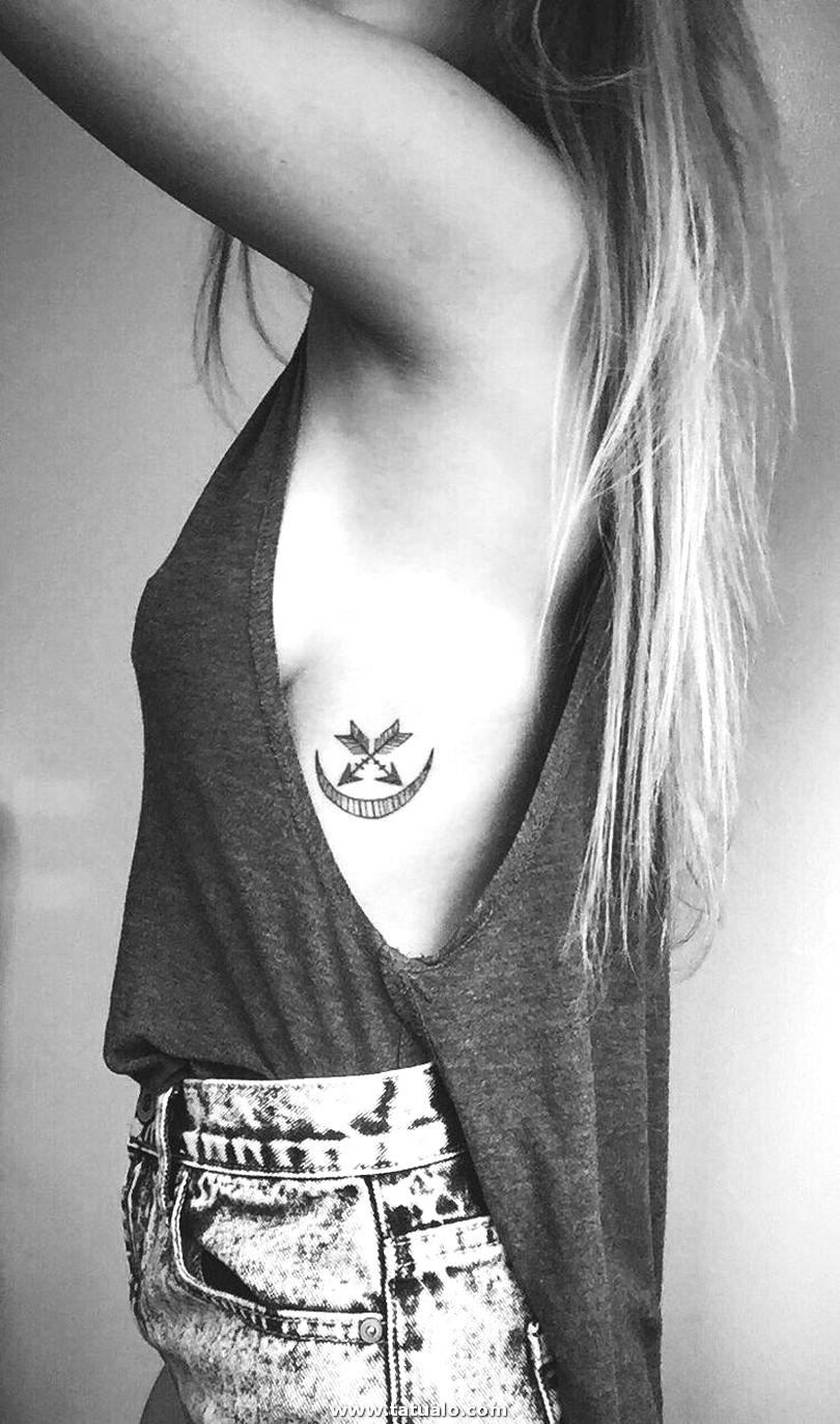 Tatuajes Para Las Costillas Phalbm24877142