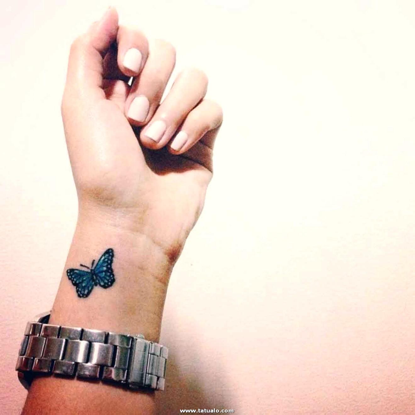 Tatuajes Para Mujeres De Mariposa A Color