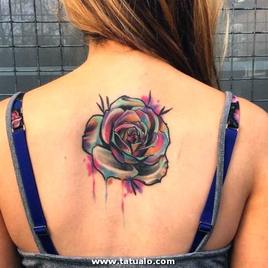 Tatuajes Para Mujeres En Espalda Alta 4