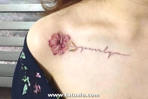 Tatuajes Para Mujeres En Hombros Flor
