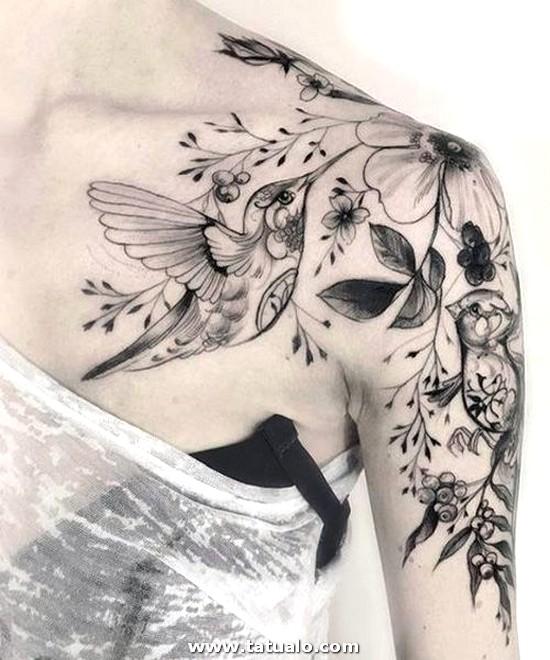 Tatuajes Para Mujeres En Los Hombros 3