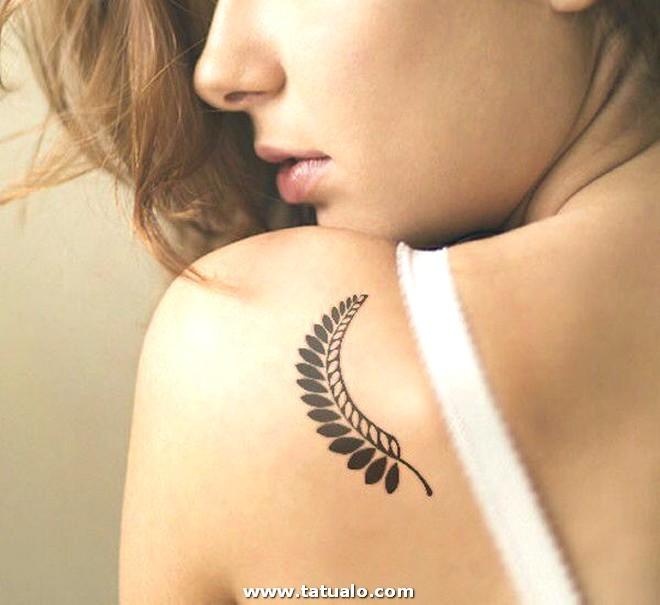 Tatuajes Para Mujeres Hombros 1