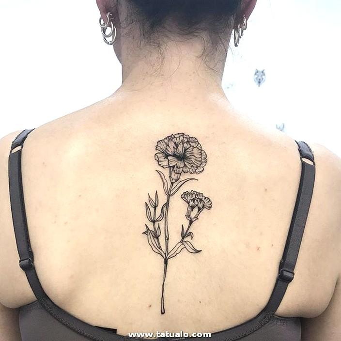 Tatus De Mujer Flor Espalda