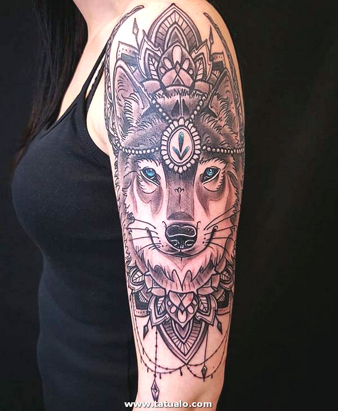 Wolf Tattoo For Women 07