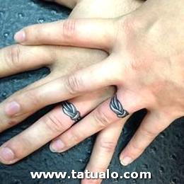 Tatuajes De Parejas Con Anillos 2